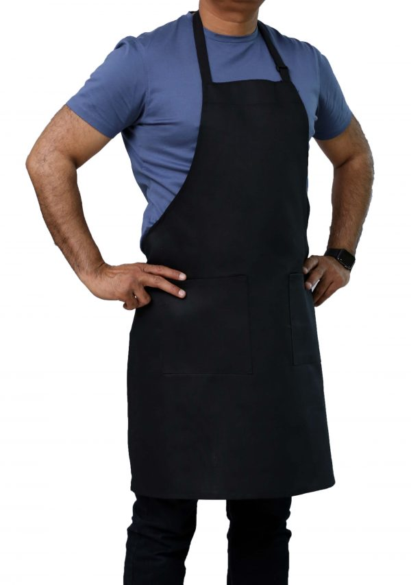 black adjustable apron with pockets